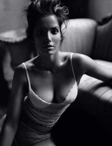 Padma_lakshmi_3